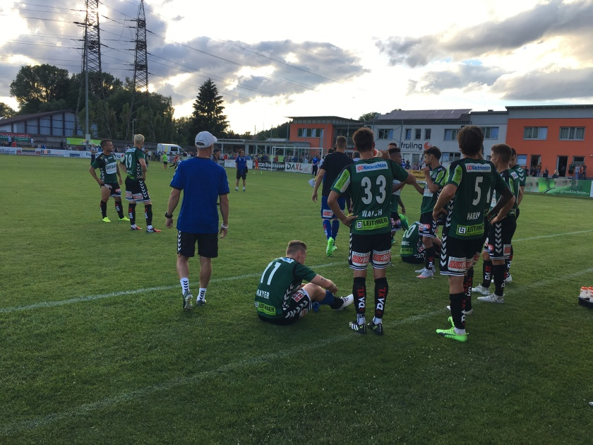 SVR Spieler in Grieskirchen nach dem 2-1 Sieg gegen Akademia Puskas